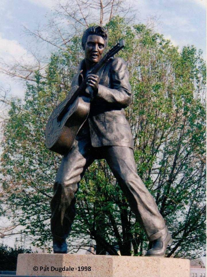 Le projet de statue devant Bercy - Page 2 210709051320445645