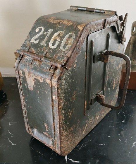 Chargeur pour MG inconnu à identifier 210714015653126074