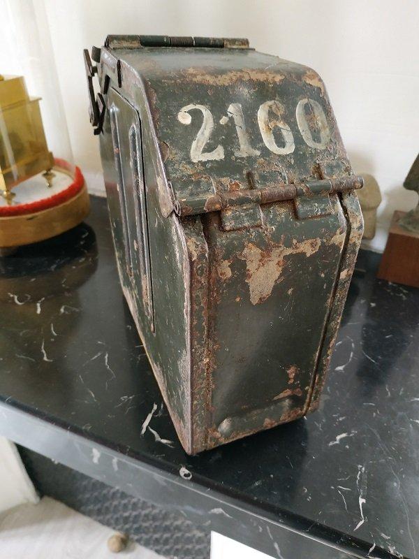 Chargeur pour MG inconnu à identifier 210714015654901980